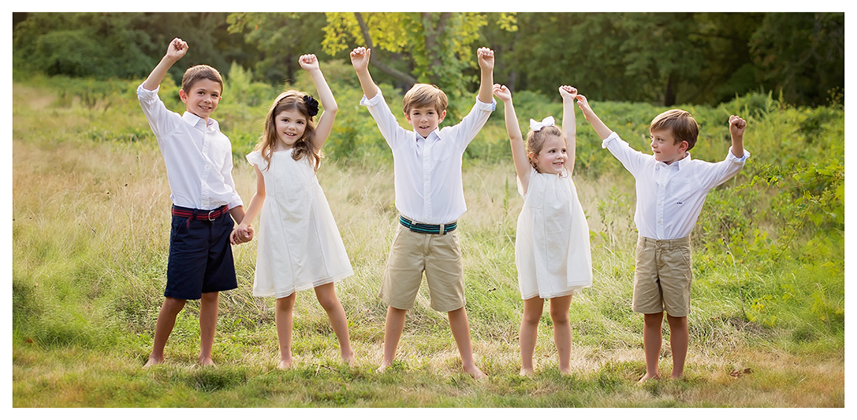Children's photo session. Hillstead museum in Farmingtion, CT. CT Family photographer Kelli Dease.